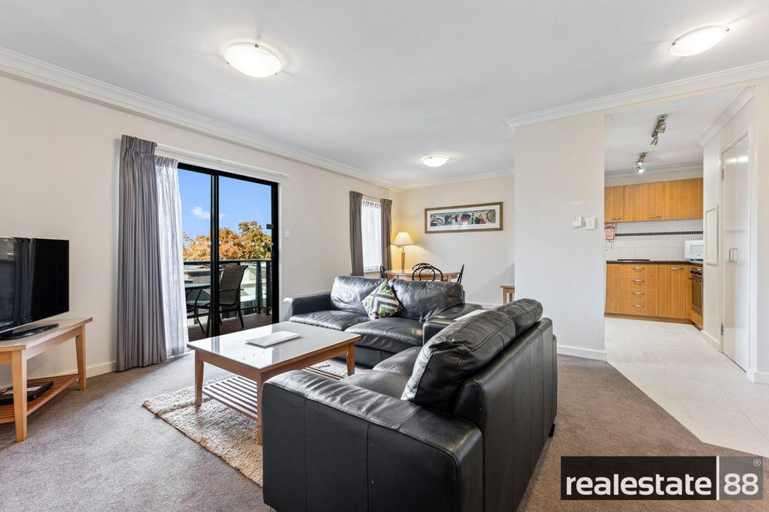 Image of property at 13/118 Mounts Bay Road, Perth WA 6000