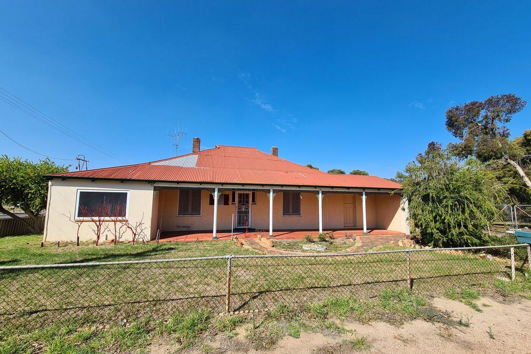Image of property at 1 Bokarup Street, Katanning WA 6317