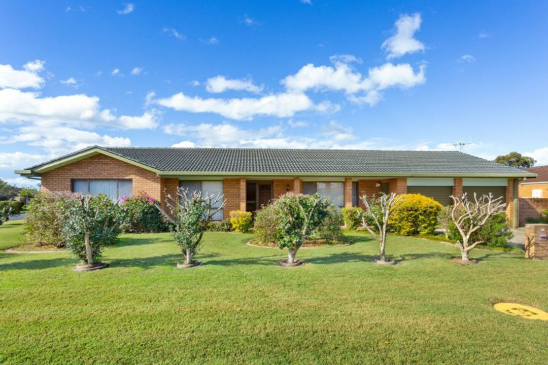 Image of property at 52 Dolphin Avenue, Taree NSW 2430
